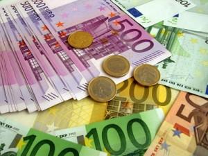 Geld anlegen auf einem Festgeldkonto
